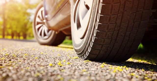 Voici le pneu toutes saisons